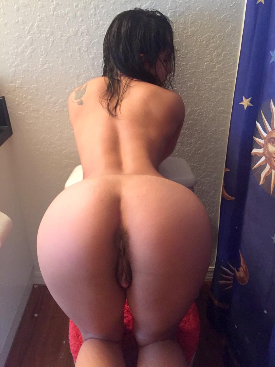 luchshih-porno-super-golie-zhopi-foto-suchki-ebuchki