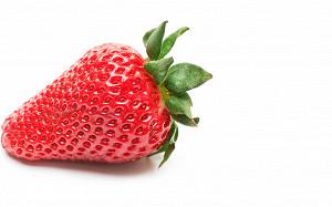 Попахивает клубничкой: где покупать первые ягоды