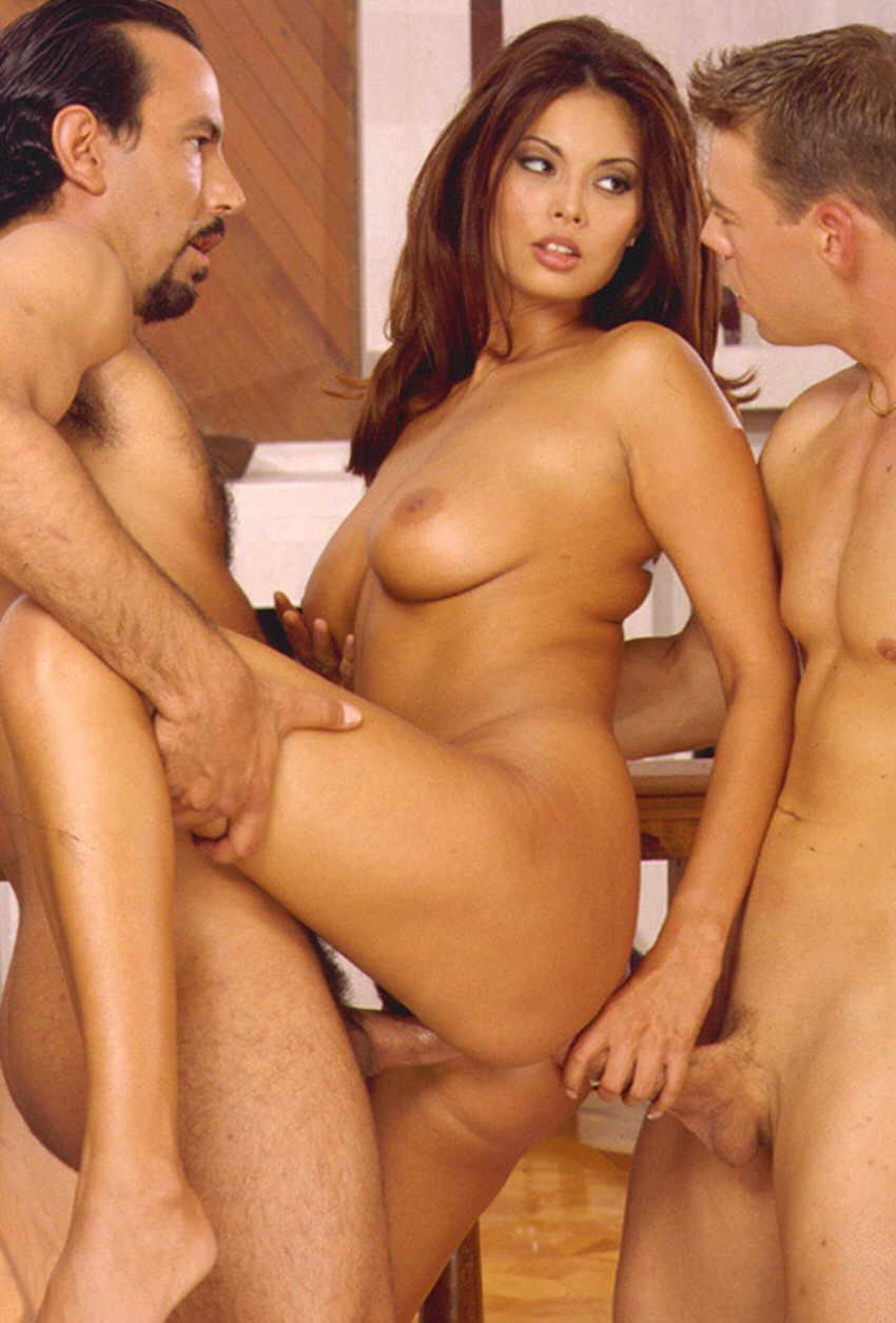 фото для порно съемки с российскими актерами бродяга попадает странную