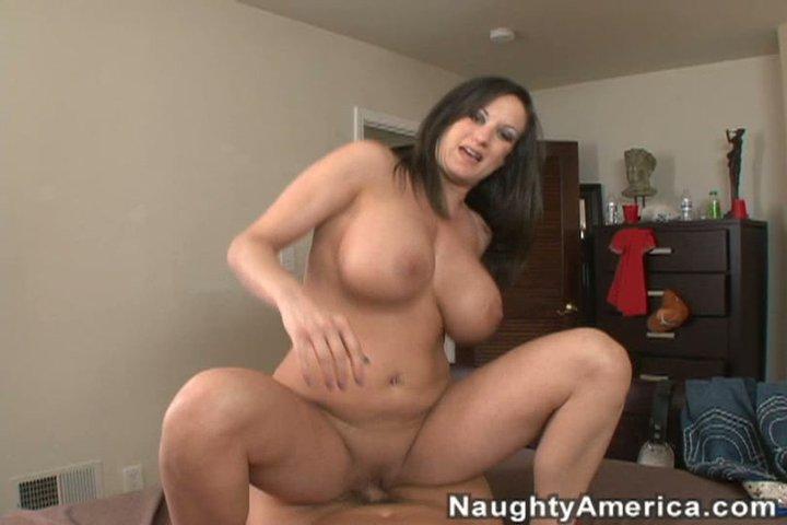 Wife gives nice massage and handjob