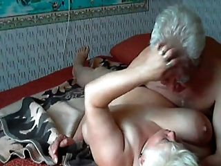 Video woman getting asshole whipped