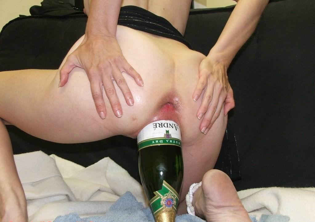 Girl blondes sucking black cock