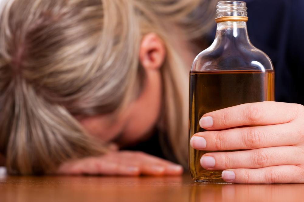 Как пережить отходняки после запоя