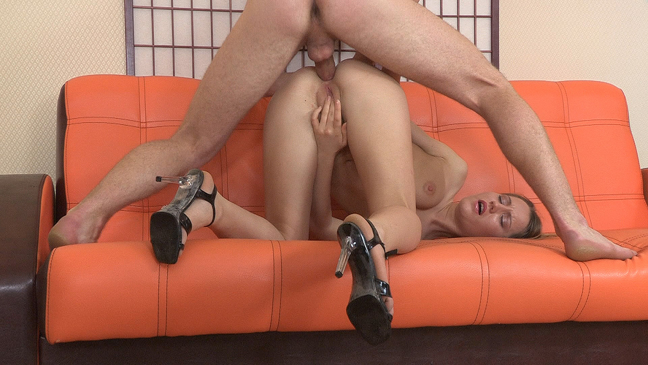 Threesome mmf wife mature