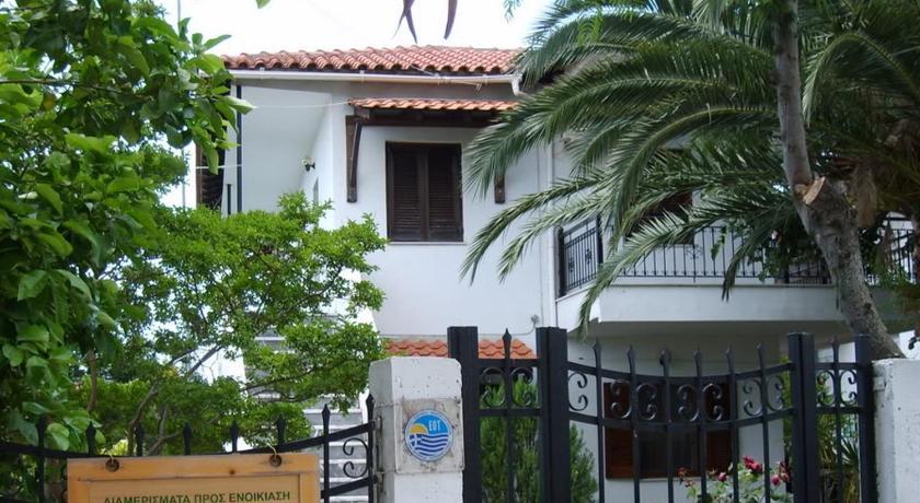 Отель в остров Псакудья на берегу моря