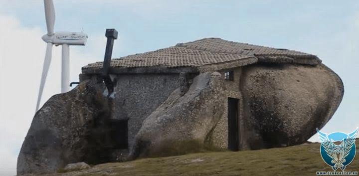 Огромные дома в остров Серре