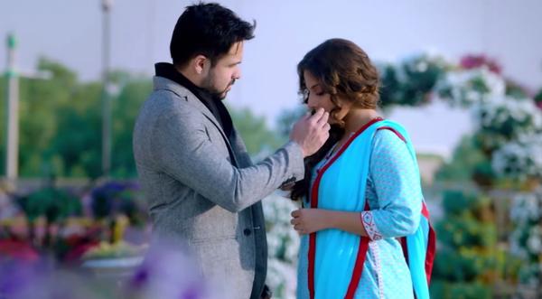 Hamari Adhuri Kahani (2015) HD 720p - World4Free
