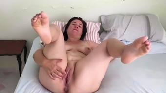 Teen lesbians fisting red tube