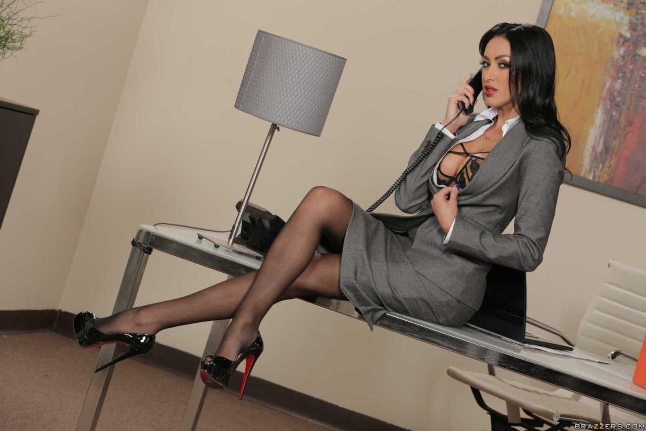 Смотреть на сайте порно онлайн бесплатно в офисе фото 53-64