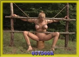 Extreme lesbisn s bondage squirting