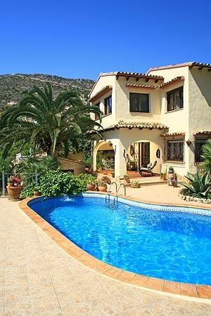 Недвижимость испания север