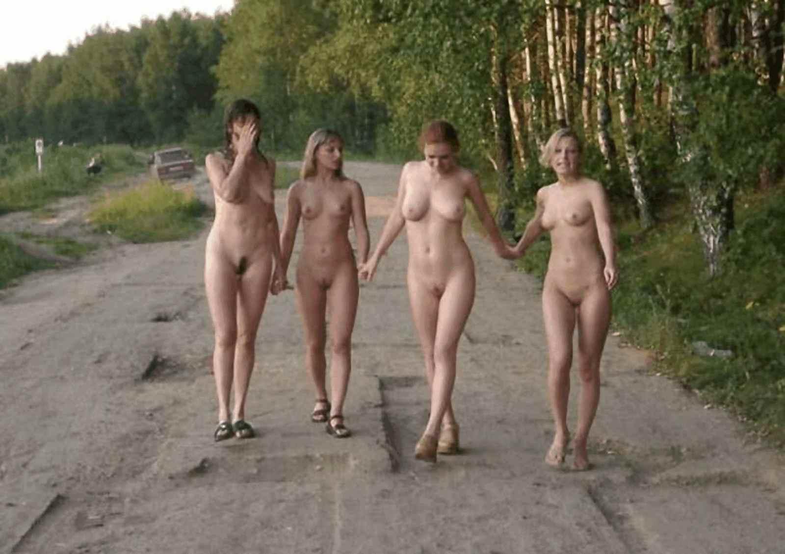 фотографии голых девушек в душе