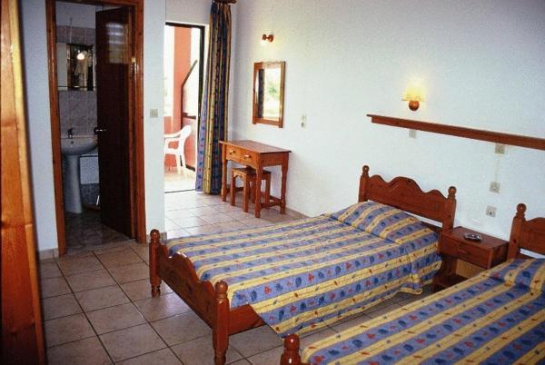 Отель в Агиос Георгиос у моря и гор