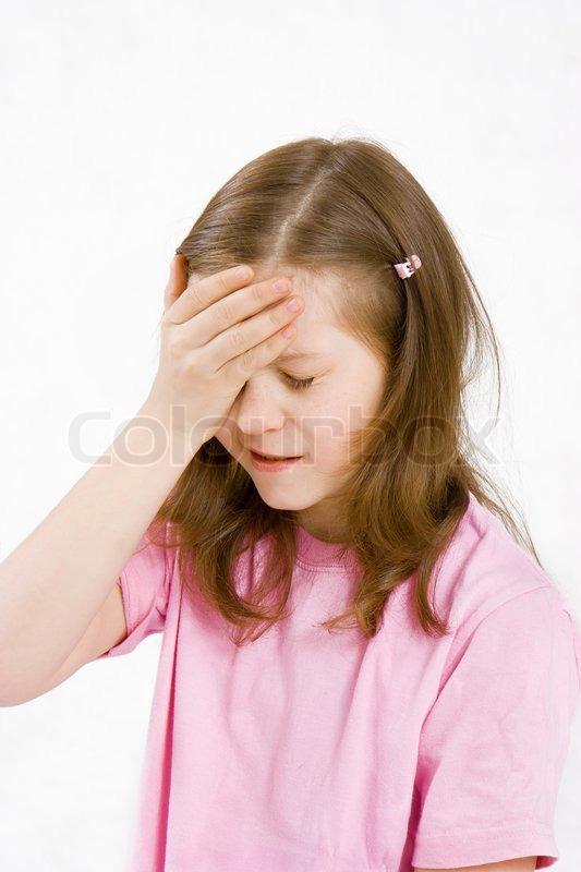 Болит голова у ребенка 7 лет причины - PlastisolNn