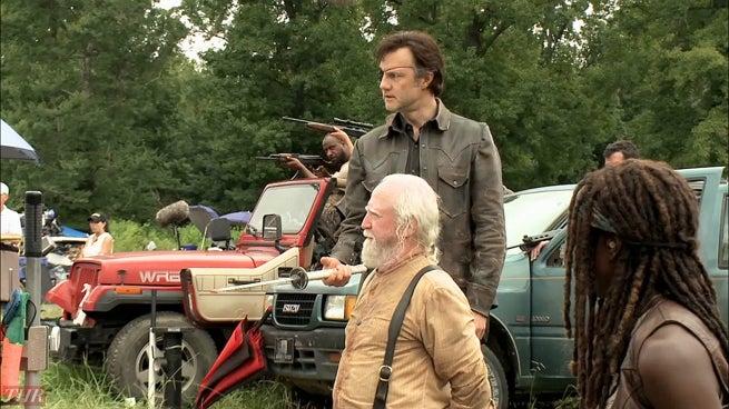 Watch The Walking Dead Season 8 Episode 2 Online
