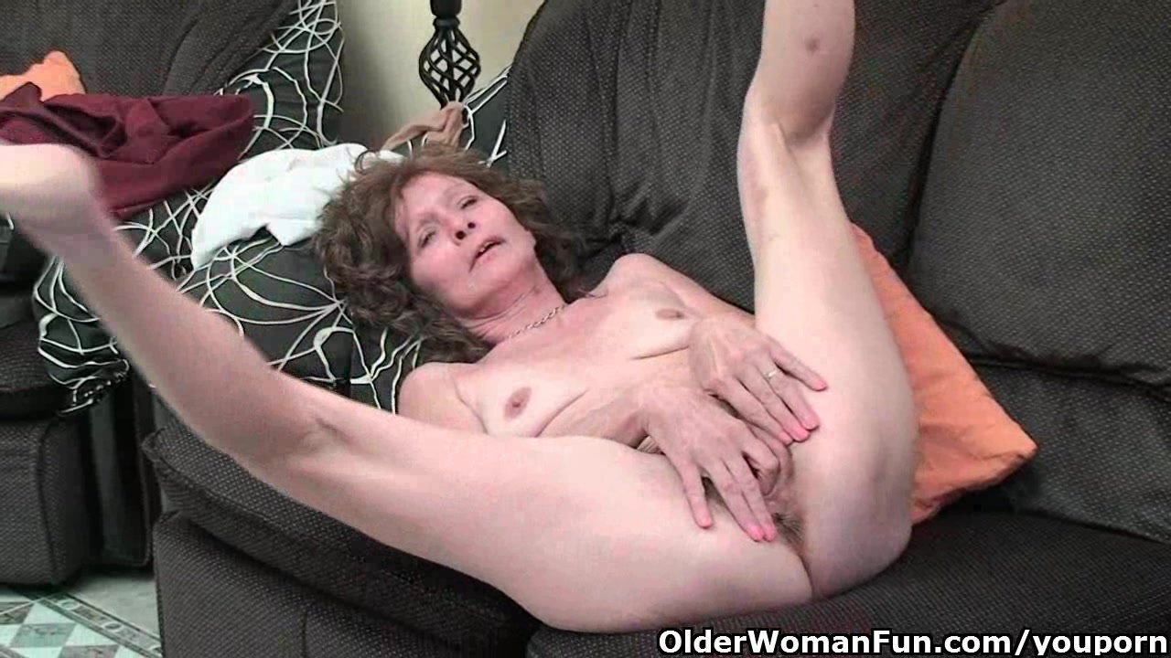old fat women fingering squirting - babes