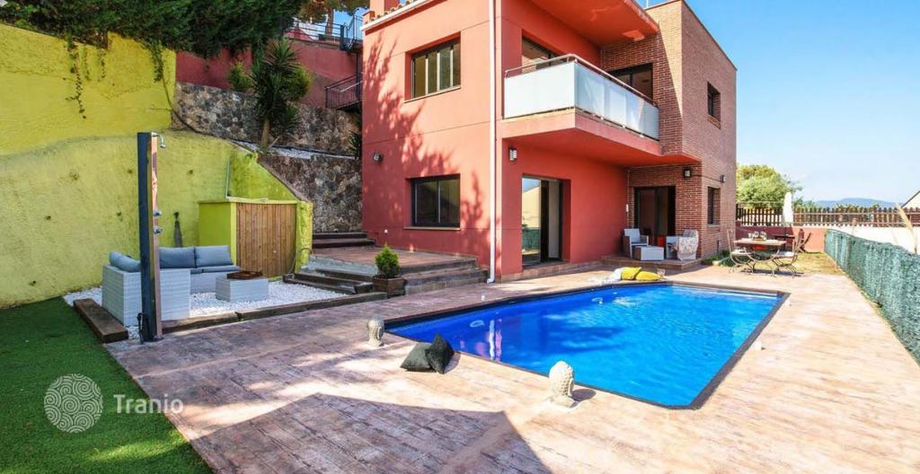 Недвижимость в испании у моря где купить