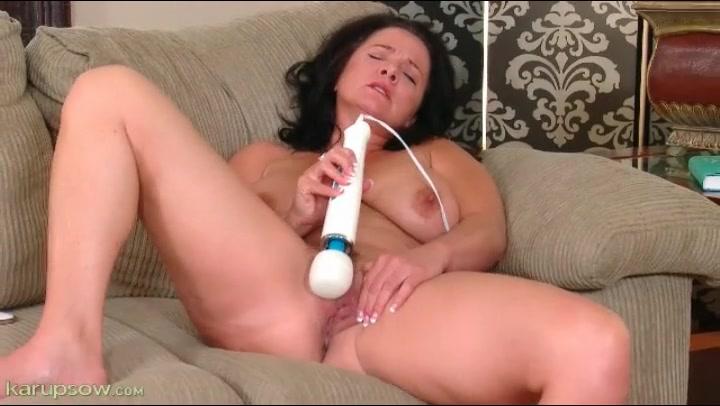 Movie girl solo nude
