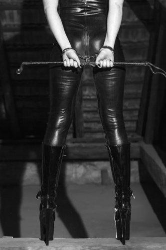 Видео порно госпожа и раб онлайн
