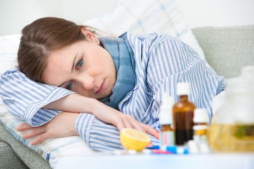 Боли в животе у ребенка: что делать, причины