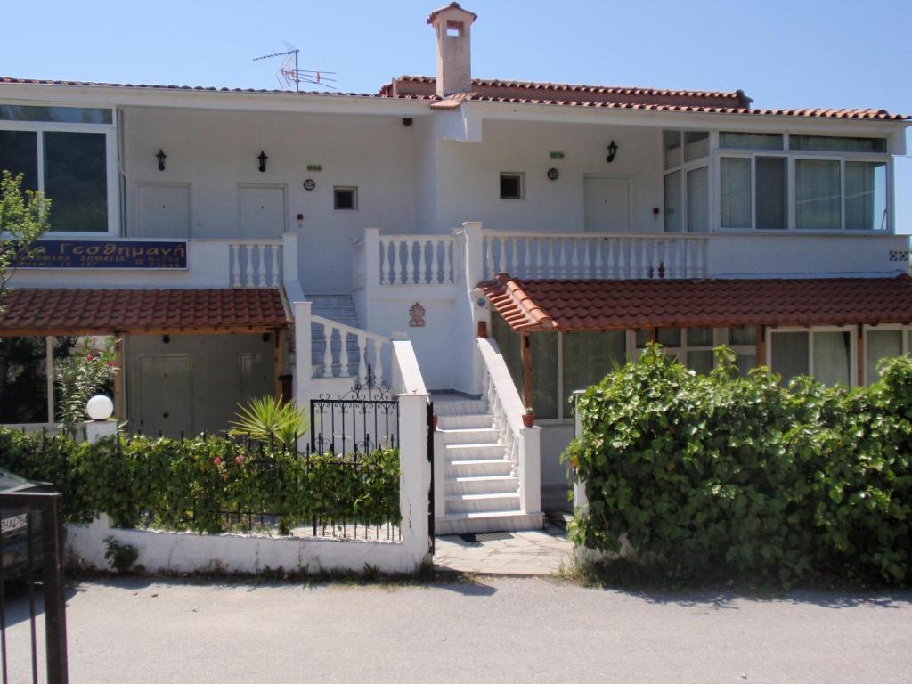 Неос Мармарас дом в деревне