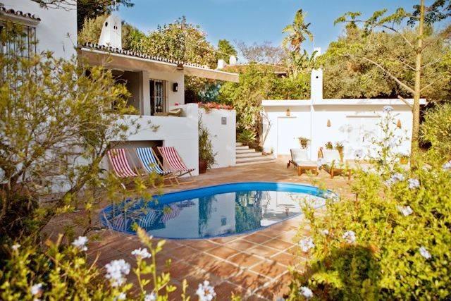 Испания отбирает недвижимости