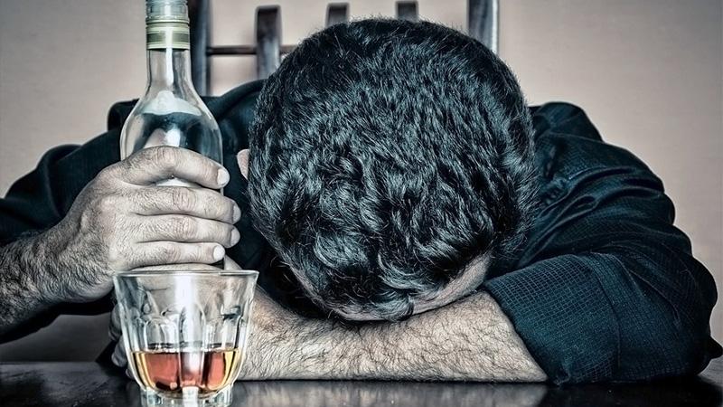 Как быстро вывести человека из состояния запоя