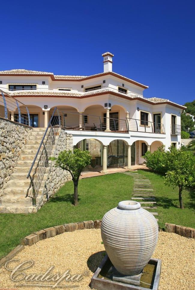 Купить недвижимость в испании на первой линии