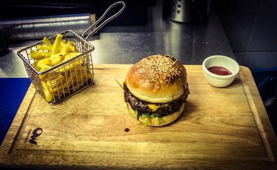 Ресторан Bryan's - фотография 1