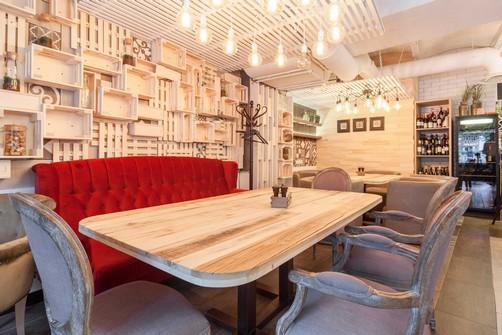 Ресторан Пироги, вино и гусь - фотография 9 - интереьр