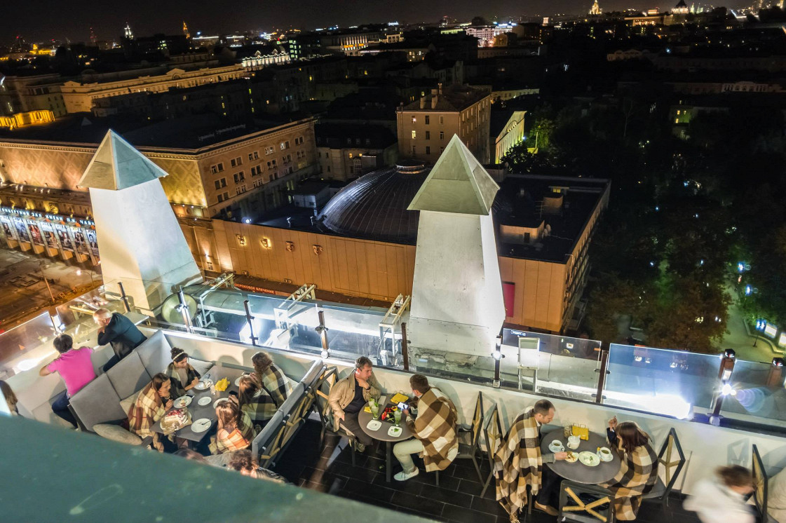 Ресторан Timeout Rooftop Bar - фотография 8