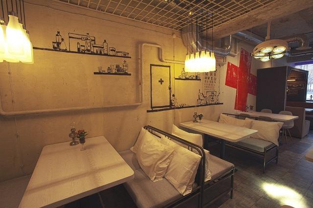 Ресторан Кусочки - фотография 2 - Кафе Кусочки - зона госпиталя