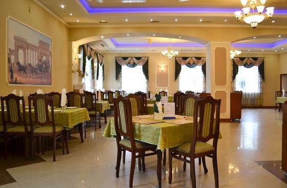 Ресторан Фаворит - фотография 2