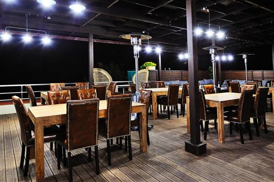 Ресторан 16th Line - фотография 24 - летняя терраса