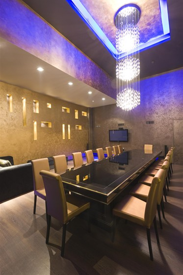 Ресторан Miraclub - фотография 9 - Банкетный зал
