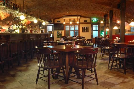 Ресторан James Cook - фотография 16 - Шведский пер.д.2