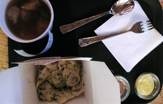 Ресторан Pelman - фотография 8 - Суп, пельмени, горчица