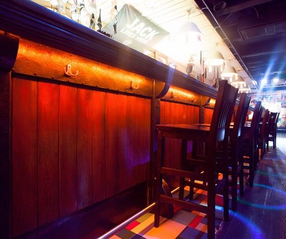 Ресторан Тема - фотография 9 - Основная барная стойка