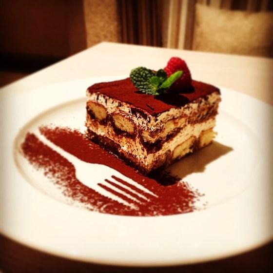 """Ресторан Бальзам - фотография 4 - Десерт """"Тирамису"""""""