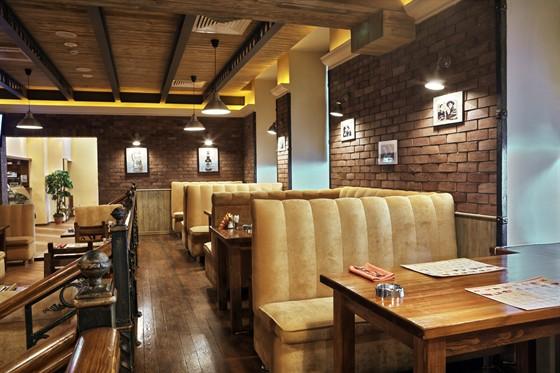 Ресторан Колесо времени - фотография 11 - Пивной зал