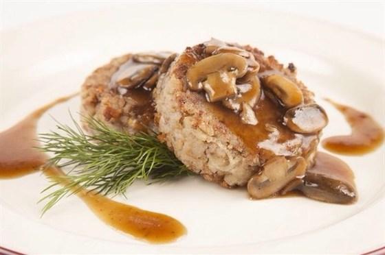 Ресторан Гриль-хофф - фотография 19 - Рассыпчатые гречневые котлеты с соусом из белых грибов.