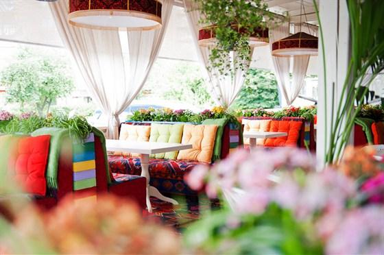 Ресторан Тапчан - фотография 10 - веранда