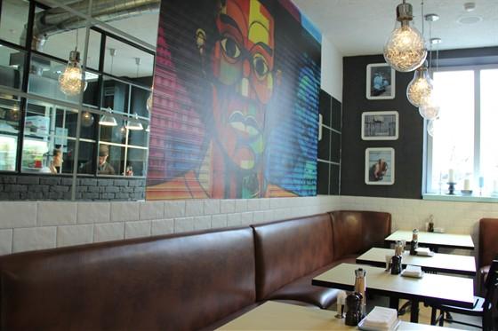 Ресторан Favorite - фотография 13