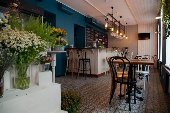 Ресторан Все в сад - фотография 2