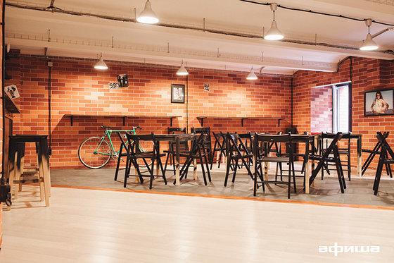 Ресторан Ваня нальет - фотография 8
