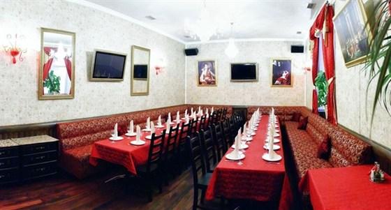 """Ресторан У Гоголя - фотография 3 - Банкетный зал """"Наполеон"""""""