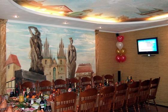 """Ресторан Лилия - фотография 4 - Зал """"Пражский""""."""