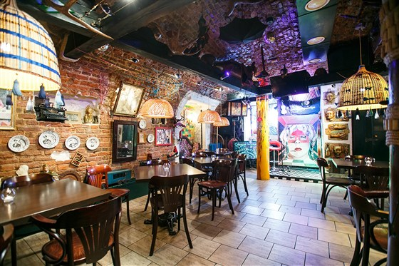 Ресторан Сундук - фотография 10 - Арт-кафе Сундук/Cafe Sunduk