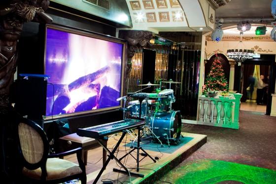 Ресторан Эрмитаж - фотография 7 - Эрмитаж. Новогоднее представление - сцена.