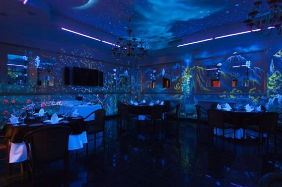 Ресторан Валимар - фотография 10 - Золотой зал